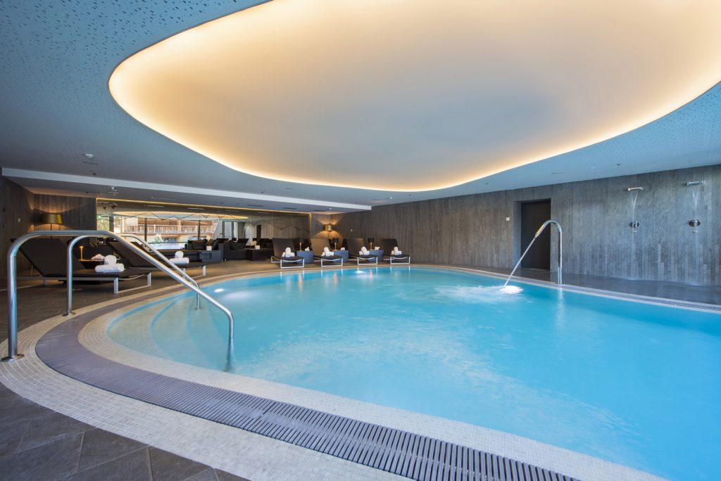 Pool in luxury Hotel W, Verbier