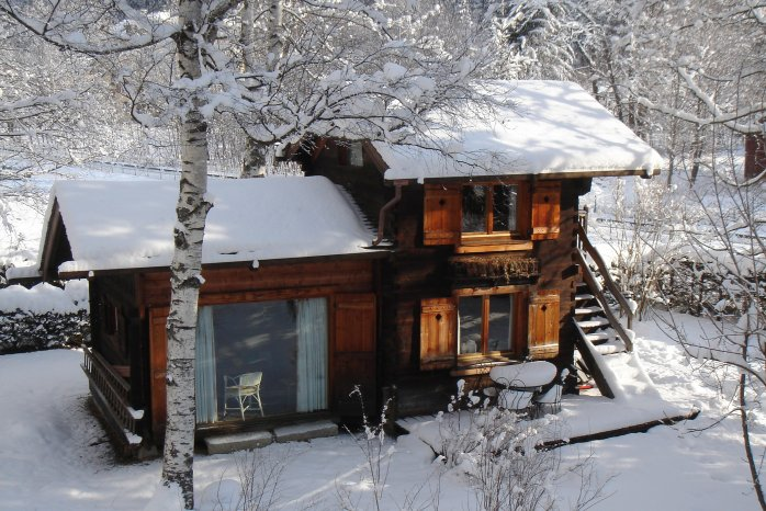 Romantic timber ski chalet in Chamonix
