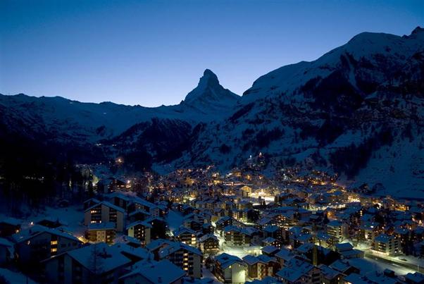 The Best Après Ski Resorts in Switzerland