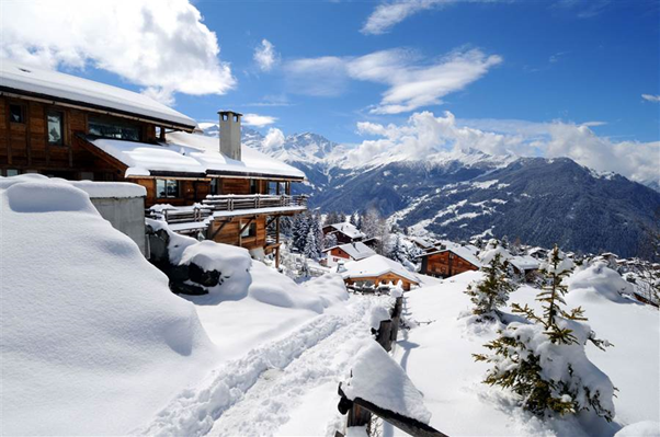 Five Top Ski Resorts for Christmas in the Alps
